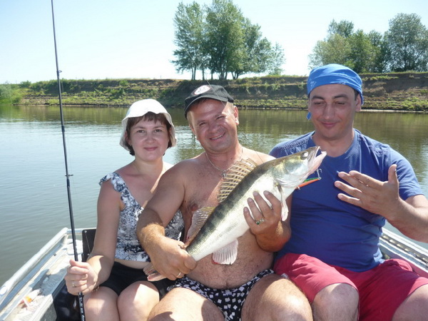 в каком месяце лучше ходить на рыбалку