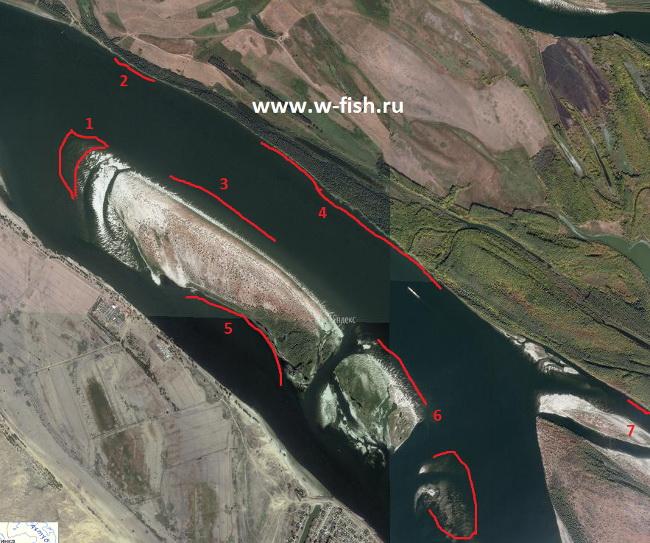 Волга у песчаного острова